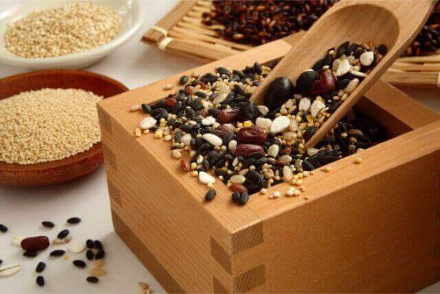 栄養豊富で人気上昇中の雑穀について