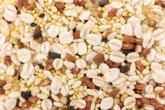 雑穀パウダーでいつもの味噌汁の栄養アップ